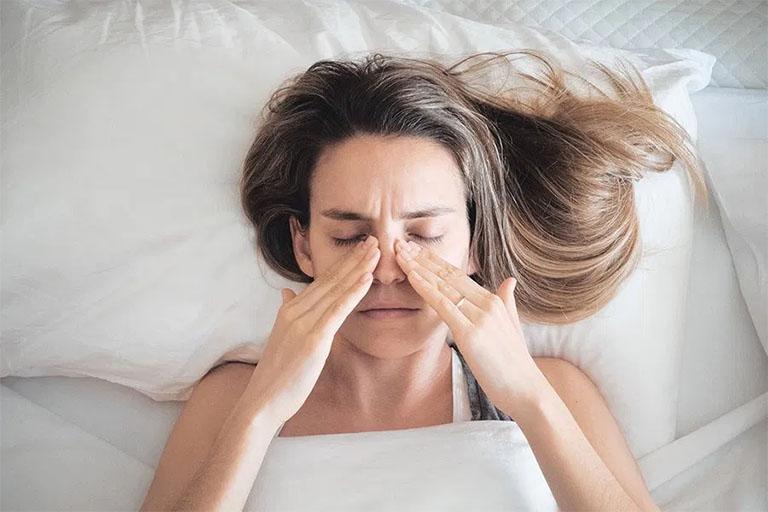 Bệnh viêm xoang cử ăn gì?