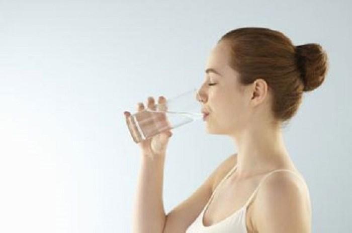 Uống nước đủ mỗi ngày