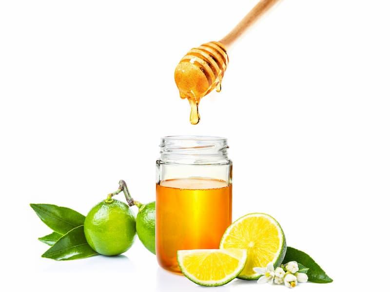 Giảm mỡ bụng tự nhiên bằng cách làm mặt nạ chanh mật ong