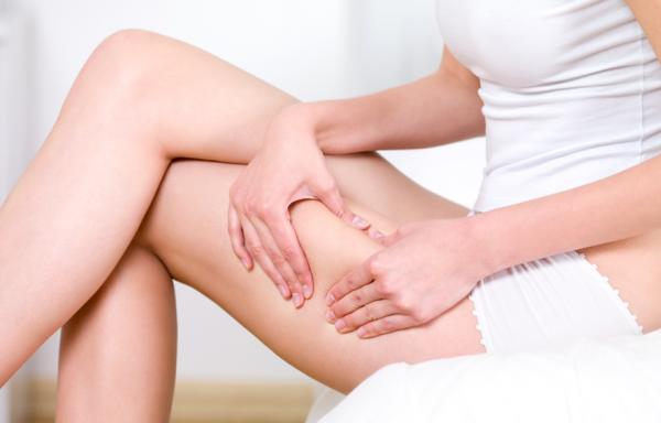 Giảm béo đùi bằng cách massage thường xuyên