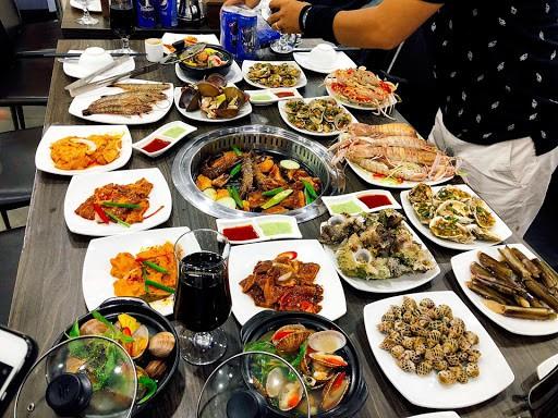 Hạn chế ăn buffet