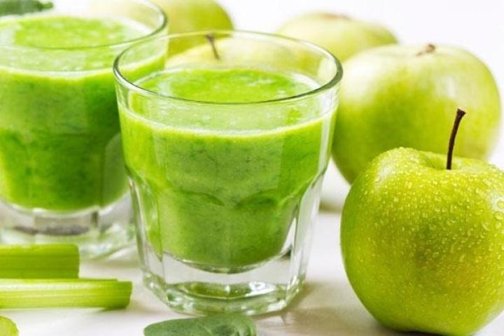 Hiệu quả giảm cân với mướp đắng + cần tây + táo xanh