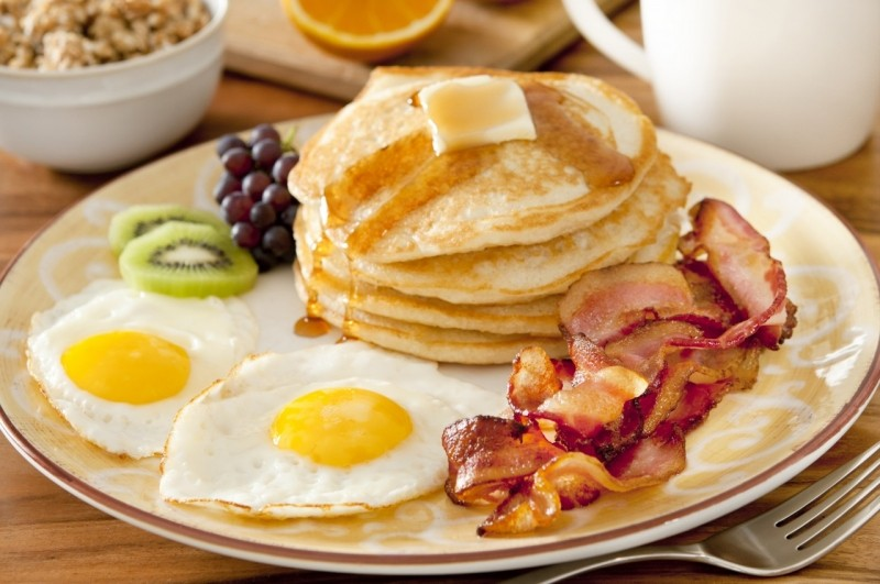 Luôn luôn ăn sáng