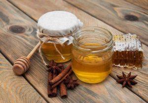 Sự kết hợp của mật ong và bột quế để giảm cân
